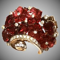 Crown Trifari RED Carved Glass Flowers Fur Clip/Brooch