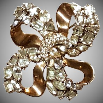 "SPARKLING Trifari ""Jeweled Symphony"" Knot Brooch Pin"