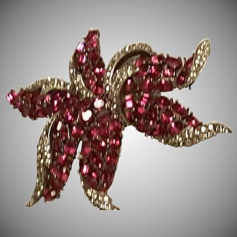 SENSATIONAL Trifari Starfish Brooch/Pin Fuchsia Pink & Faux Black Diamond