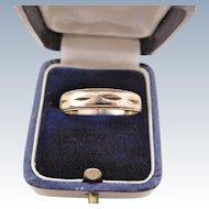 Men's Wedding Band 10K Gold Ring Size 9.75