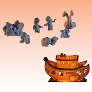 Precious Moments Noah's Ark Two by Two Collectors Set Original Box