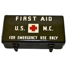 U.S.M.C.  Marine Corp First Aid 12 Unit Medical Kit World War II