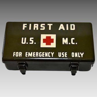 U.S.M.C.  Marine Corp First Aid 12 Unit Medical Kit World War II