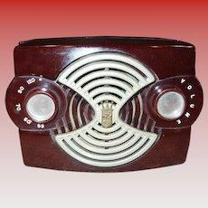 Neat Zenith bakelite radio Owl Eye model