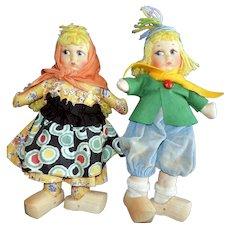 Pair of Georgene Cloth Mask Faced Dutch Children