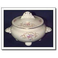 Homer Laughlin Sugar Bowl & Lid - W239