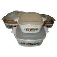 "4 Piece Set Corning Ware ""Spice of Life"" with Lids"
