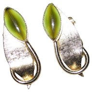 Whiting and Davis Green Cat's Eye Clip-on Earrings