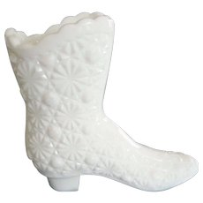 Fenton White Milk Glass Daisy and Button Boot