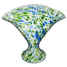 Fenton Green Aventurine Vasa Murrhina Fan Vase