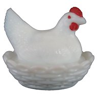 "Westmoreland 3 1/2"" Covered Hen/Chicken - White Milk Glass"