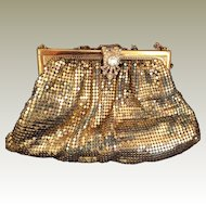 Vintage Whiting and Davish gold mesh purse Rhinestone Clasp