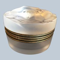 Lalique  crystal Daphne powder puff box