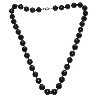 Lots of Bling Without The $ting:  Vintage Black Onyx Necklace