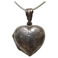 Sterling Bling Without The $ting: Vintage Sterling Silver Heart Locket Pendant