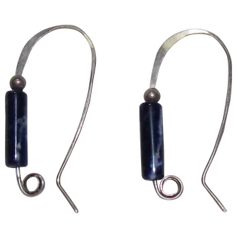 No $ting Sterling: Vintage Sterling Silver & Lapis Earrings