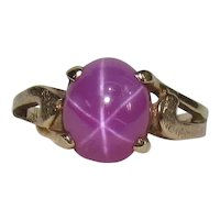 Vintage 10K Gold Star Ruby Ring