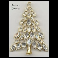 Sp[arkling Signed *Justwin* Christmas Tree PIn