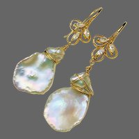 Genuine Baroque Freshwater Pearl Luminous 17 x 25mm Gold Fancy Hook Earrings Large cultured Pearl