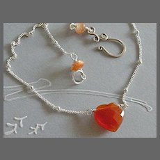 Heart solitaire  Camp Sundance necklace Sterling Silver red Agate Sunstone