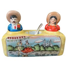 Cute Kitsch Mexican Nodder Souvenir Salt and Pepper Shakers