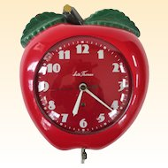 An Excellent Working 1950s Seth Thomas Apple Red Kitchen Clock