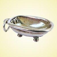A Cute Vintage Clawfoot Bathub Sterling Silver Charm