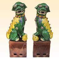 Great Pair of Vintage Famille Juane Sancai Foo Dogs, Fu Dogs, Foo Lions