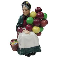 Royal Doulton Figurine The Old Balloon Seller 1943