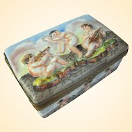 Capodimonte Inspired French Porcelain Trinket Box With Putti C1920