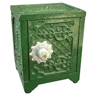 Kenton Cast Iron Savings Deposit Toy Safe Bank Circa 1900 - Works!