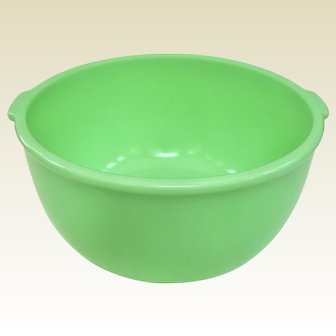Big Sunbeam Mixmaster Jadeite Mixing Bowl With Tab Handles and Center Dimple
