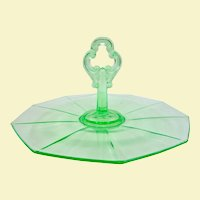 Beautiful Green Cambridge Elegant Depression Glass Center Handle Tray