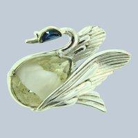 Signed Hollycraft figural swan Brooch