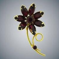 Vintage flower Brooch with dark red rhinestones