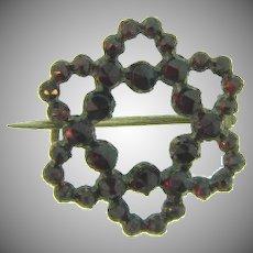 Small Victorian Bohemian garnet star open Scatter Pin