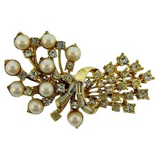 Vintage floral spray gold tone Brooch with imitation pearls and crystal rhinestones