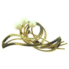 Signed Winard 12K gold filled abstract Brooch with genuine pearls