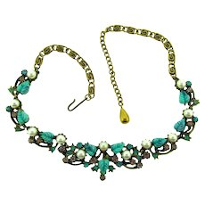 Vintage choker Necklace with thermoset molded leaves, imitation pearls and rhinestones