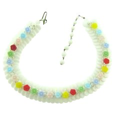 Vintage  choker white glass Necklace with multicolored glass flowers
