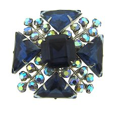 Vintage rhinestone raised Brooch in blue tones