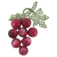 Vintage figural grape cluster Brooch with cranberry thermoset moonstone beads and crystal rhinestones