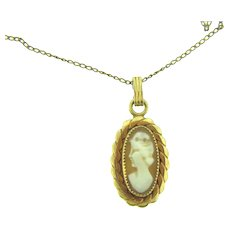 Marked 1/20 12K gold filled framed cameo pendant Necklace