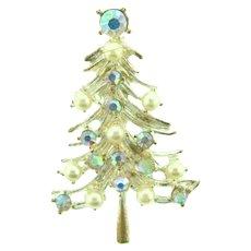 Vintage figural silver tone Christmas tree Brooch with imitation pearls and AB rhinestones