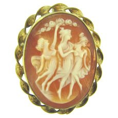 Signed Van Dell 1/20 12kt gold filled smaller shell Cameo Brooch/ Pendant set in a gold tone frame