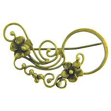 Vintage hand made floral design gold tone Brooch
