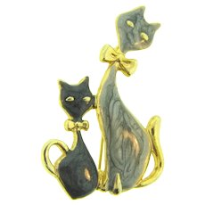 Signed AAi figural cats Brooch with gray and black glaze enamel