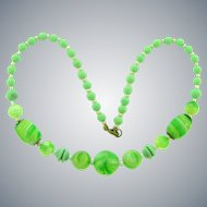 Vintage Art Deco glass bead choker Necklace with green and white beads