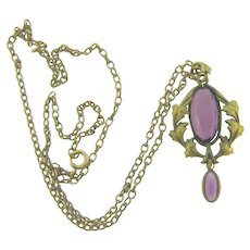 Vintage pendant Necklace with amethyst glass stones