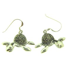 Marked 925 sterling silver figural turtle pierced Earrings with marcasites